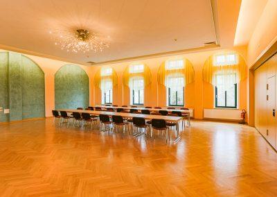 dorfgemeinschaftshaus-saal1